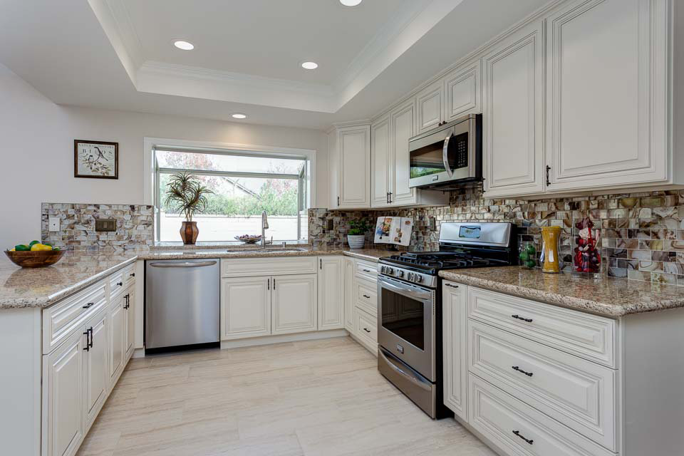 5 Reasons To Install White RTA Cabinets In Your Kitchen